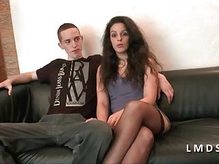 Casting anal jeune couple amateur dans laMaisonduSexe