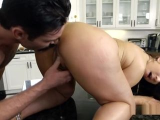 Contractor boinks ample mammories cougar Housewife