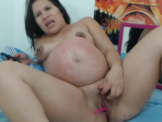Pregant colombian screw her ass-hole (sexy_mommys)