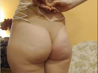 SEXY AMATEUR ROMANIAN WIFE