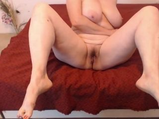 Beautiful Thick Mom Shows Her Hairy Pussy , Soft Ass , Big Tits & Sexy Feet