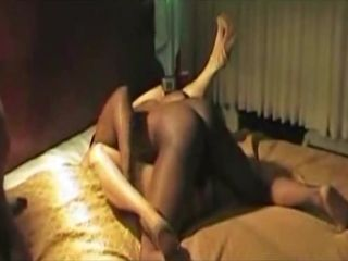 Wifey group porked by giant dark-hued man rod