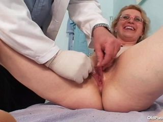 Elderly cootchie check-up - 48 yo Margeaux obgyn fetish
