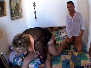 French full-grown BBW Carole analfucked