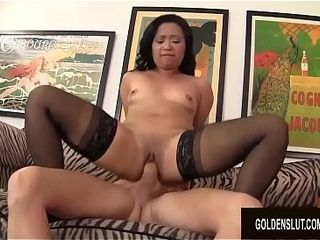 Mature chinese super-bitch successful Starr joys a dude with Her throat and muff