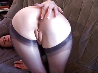 British Slut Lara in FF Stockings