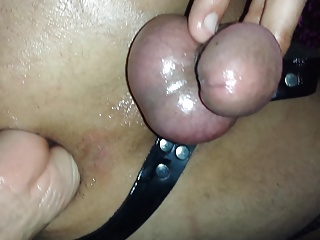 WIFEY PEGS HER HUBBY'S SISSY ASS THEN FISTS HIM