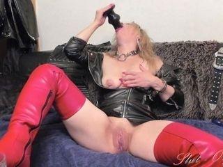 'kinky Slut-Orgasma Celeste squirting cam show'
