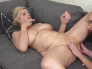 Huge-chested mature mummy plows red-hot inked stunner
